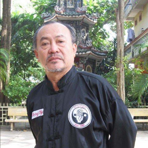 Võ sư Hà Trọng Ngự trưởng môn phái Việt nam võ ta.Cố vấn võ thuật cho Công ty bảo vệ Kiên Long